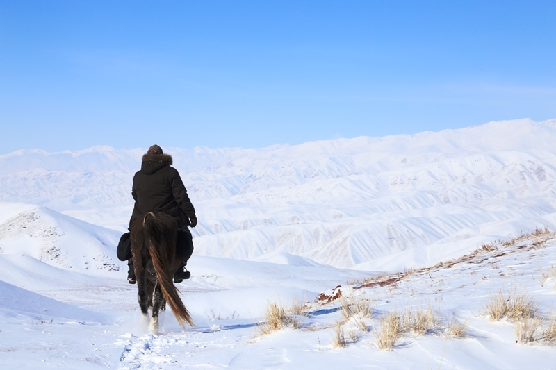 TOP 10 things to do during winter in Kyrgyzstan