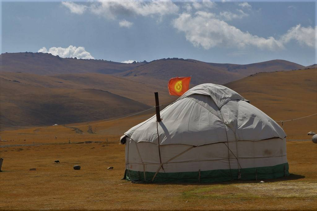 Yurt Camp 'Mirlan' in Song Kol